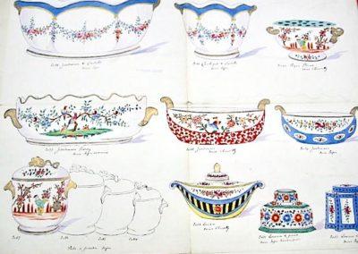 """Jardinières, cache-pot, piche-fleurs, pot à poudre et encriers à décors """"Sèvres"""" & """"Chantilly"""""""
