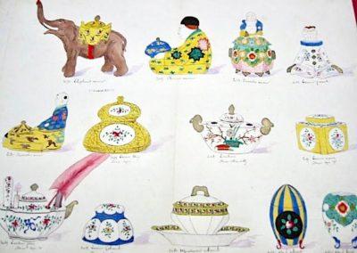 8 encriers, 2 écritoires décor de Chantilly, 1 moutardier colonial, & 2 coquetiers à décor moderne et chinois