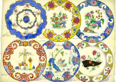"""1 Assiette Sèvres """"relief or"""", 5 assiettes décor de Chine"""
